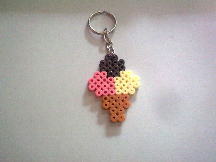 Resultado de imagen de llavero de hama beads